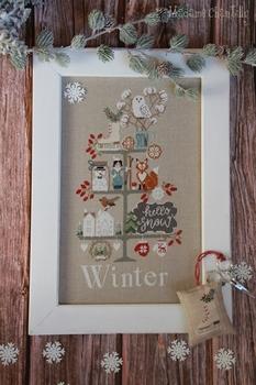 Mme Chantilly Celebrate Winter