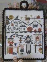 Nikyscreations House of Halloween